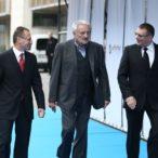 Riaditeľ AFF Peter Nágel, prezident AFF Milan Lasica a producent Ján Kováčik prichádzajú na otvorenie festivalu