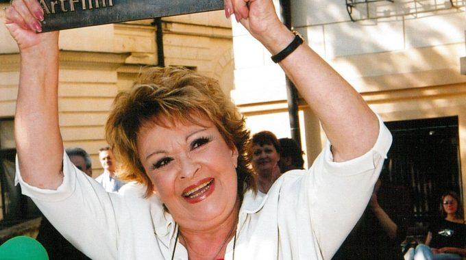 Jiřina Bohdalová laureátka ocenenia Hercova misia 2003 (1)
